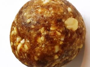 Hand Pounded Palm Peanut Balls - 200 grams
