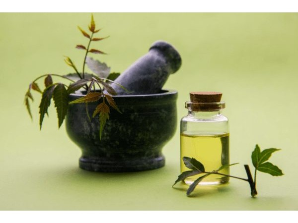 Wood pressed Neem oil